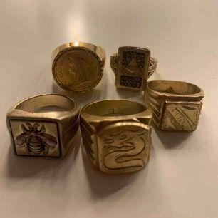 Fina tjocka guldringar (ej äkta guld), 150kr för alla:) Eller 50kr/st💞Frakt inräknat i priset
