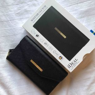 Ideal of sweden plånbok /skal helt nytt , säljer eftersom jag beställde fel modell :) nypris 399