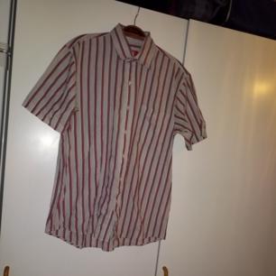 Kortärmad vintageskjorta