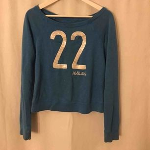 Blå hollister tröja i bra skick