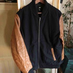 H&M jacka svart, herr, strl XL, 500kr
