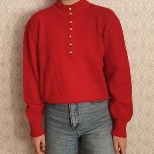 Vintage Busnel tröja i fint skick med tanke på ålder. Tröjan är i ull. Kan fraktas