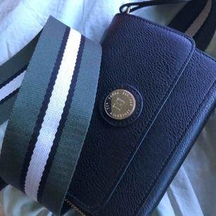 En söt väska från Don Donna