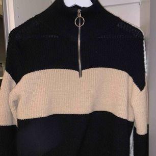 Stickad tröja från Bibbi, använd fåtal gånger
