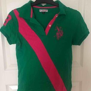 Ralph Lauren skjorta. Passar som storlek S