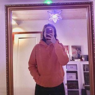 typ skönaste hoodien från BikBok i strl S. 150kr exklusive frakt! 😋