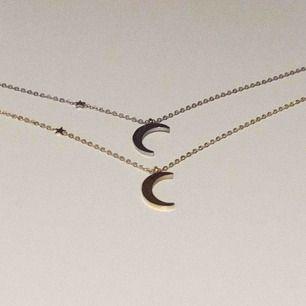 Halsband med måne samt liten stjärna, finns i både guld & silver! Fraktar mot fraktkostnad! Skriv här eller till @youwelleryuf på insta 🌟