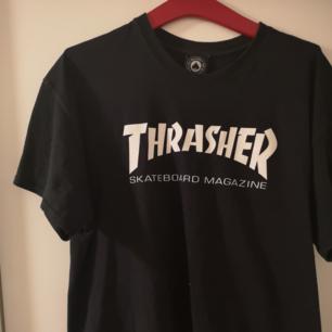 Thrashertisha, använt men bra skick!
