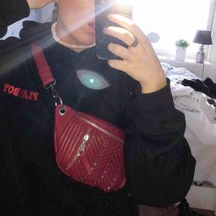 Väska från zara, aldrig använd utanför hemmet