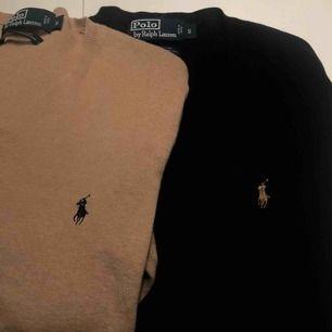 Två stycken Ralph Lauren tröjor i super bra skick men kommer inte till användning för mig längre. Båda för 199 eller 1 för 120 hör av dig för mer info, frakt tillkommer🥰 Kolla gärna in mina andra plagg, Svarta såld❌