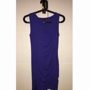 Säljer mina snygga blåa klänning, pris kan diskuteras