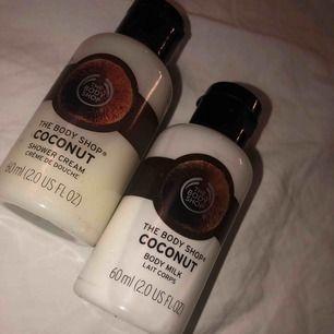 Showergel.. från the body shop.. oänvända båda säljs som ett kit