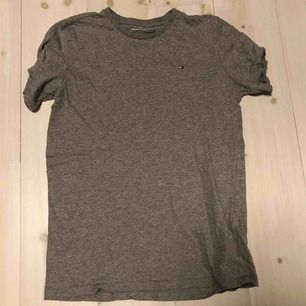 Tommy hilfiger t shirt  Skick 7/10