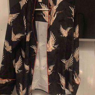 Fin silkes skjorta