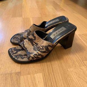 Sandaler från Mexx, storlek 37, ganska små i storleken. Inköpta på humana i Stockholm