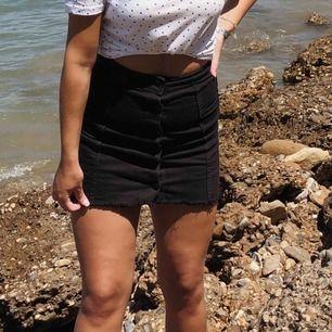 skitsnygg svart kjol från ginatricot , 50kr