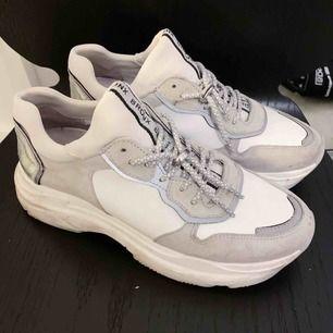 Sneakers från BRONZ stl 39. Kan skickas 🌸