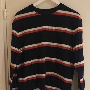 Fin tröja i gott skick! Vintage. Size: M   ~~ 📍Varje plagg tvättas innan utskick.
