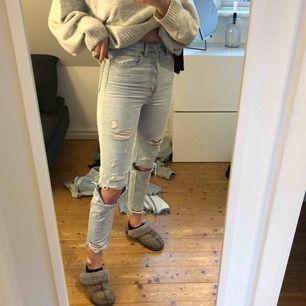 Mom-jeans st xs 200kr