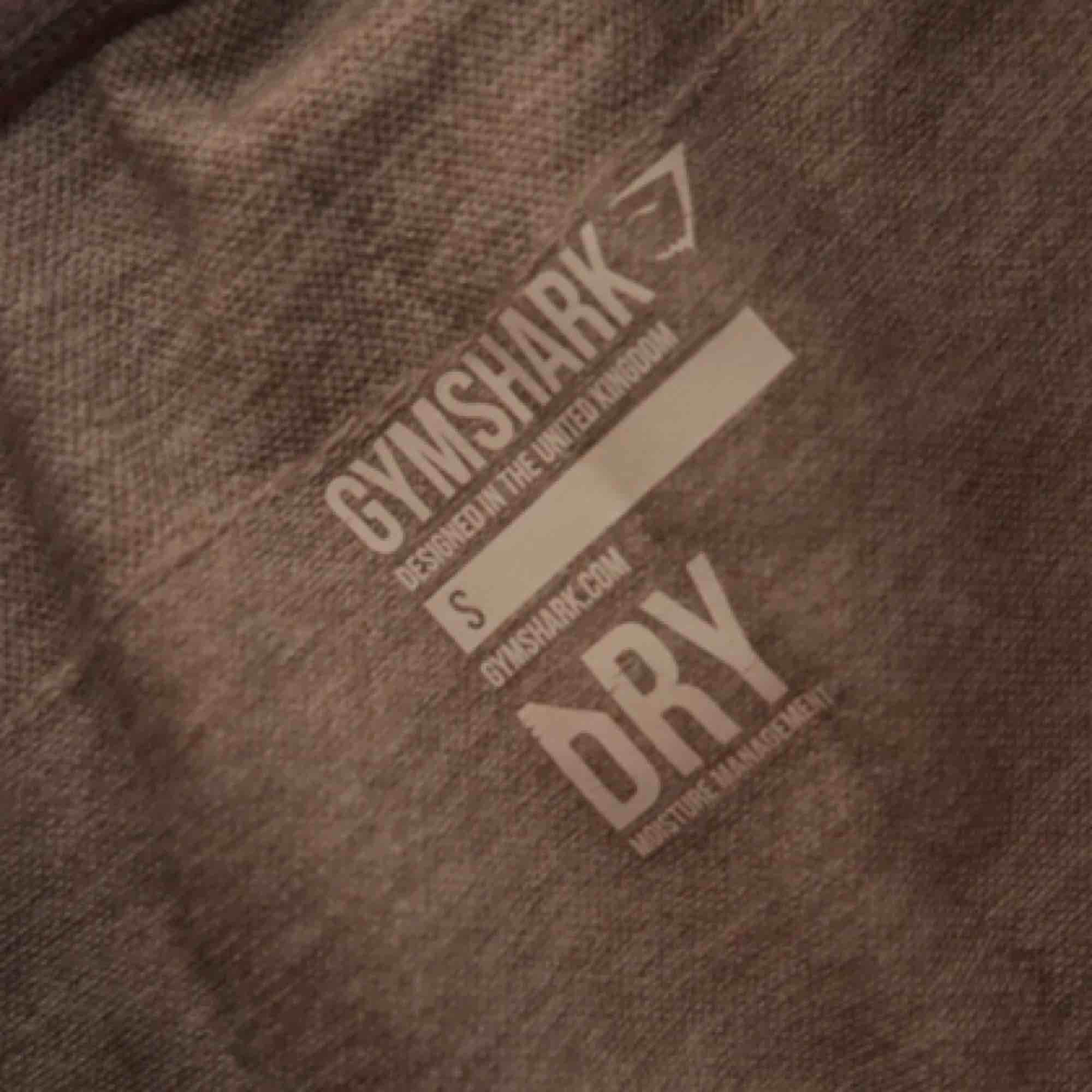 """Träningstights från Gymshark. Modell """"dry"""". Fint skick 💫. Jeans & Byxor."""