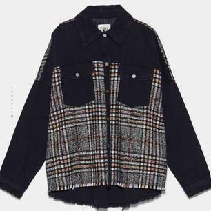 Helt ny jacka från Zara Köpt för 550kr Väldigt populär