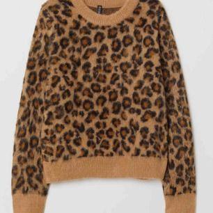 Väldigt mysig o varm leopard tröja