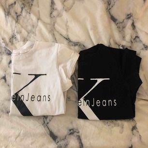 Fake ck tshirts, storlek XL men passar mej som e S. Trycket på den svarta e lite sprucket, 1 för 50 båda för 80💗