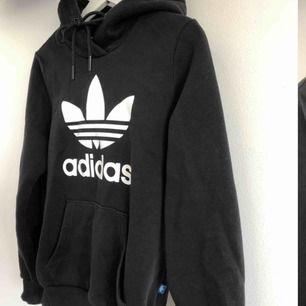 Adidas tröja Lappen där inne e borta men äkta