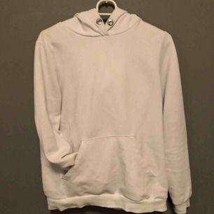 Hel vit hoodie