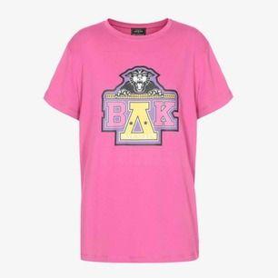 Limiter edition t-shirt från Balmain x Beyoncé. Helt slutsåld. Originalpris: 2991 kr (Farfetch). Självklart 100% äkta!