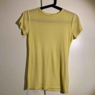 En fin ful t-shirt från lager 157.  Kan bara träffas i Sthlm.