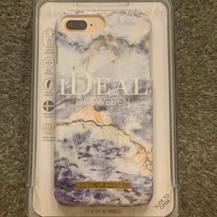 Passar iPhone 6/7/8+  Bild 1: Ideal of Sweden - Ocean Marble, 150kr Bild 2: Ideal of Sweden - Port Laurent Marble, 150kr Bild 3: Pull&Bear, 50kr Paketpris: 300kr  Kan mötas upp i Stockholm alt. posta men då står köparen för frakt:)