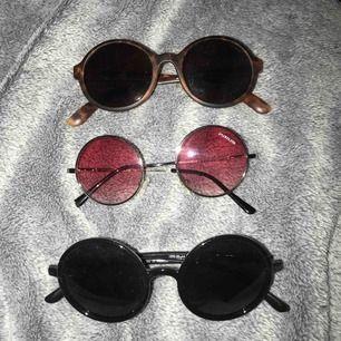 Runda glasögon 50 kr st
