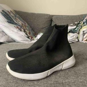 Bianco skor  Knappt använda och suprsköna!