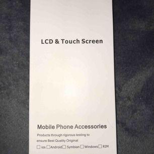 Svart skärm till iPhone 6 Plus. Skriv gärna om ni har några frågor. Helt oanvänd och inga sprickor.