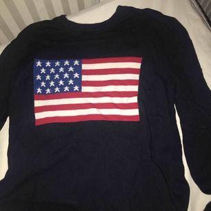 Snygg tröja påminner om Lexington's . Fint skick.