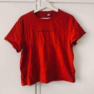 T-shirt använd 1 gång Köparen står för frakt