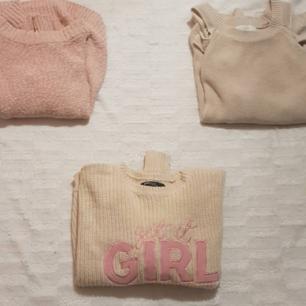 Fantastiskt fina sweaters passande för de kallare månaderna!!💕💕  för 30kr styck får du en soft girl/vsco aesthetic mysig tröja i olika rosa nyanser!! Möts i Stockholm/haninge eller fraktar mot kostnad🥰🤩