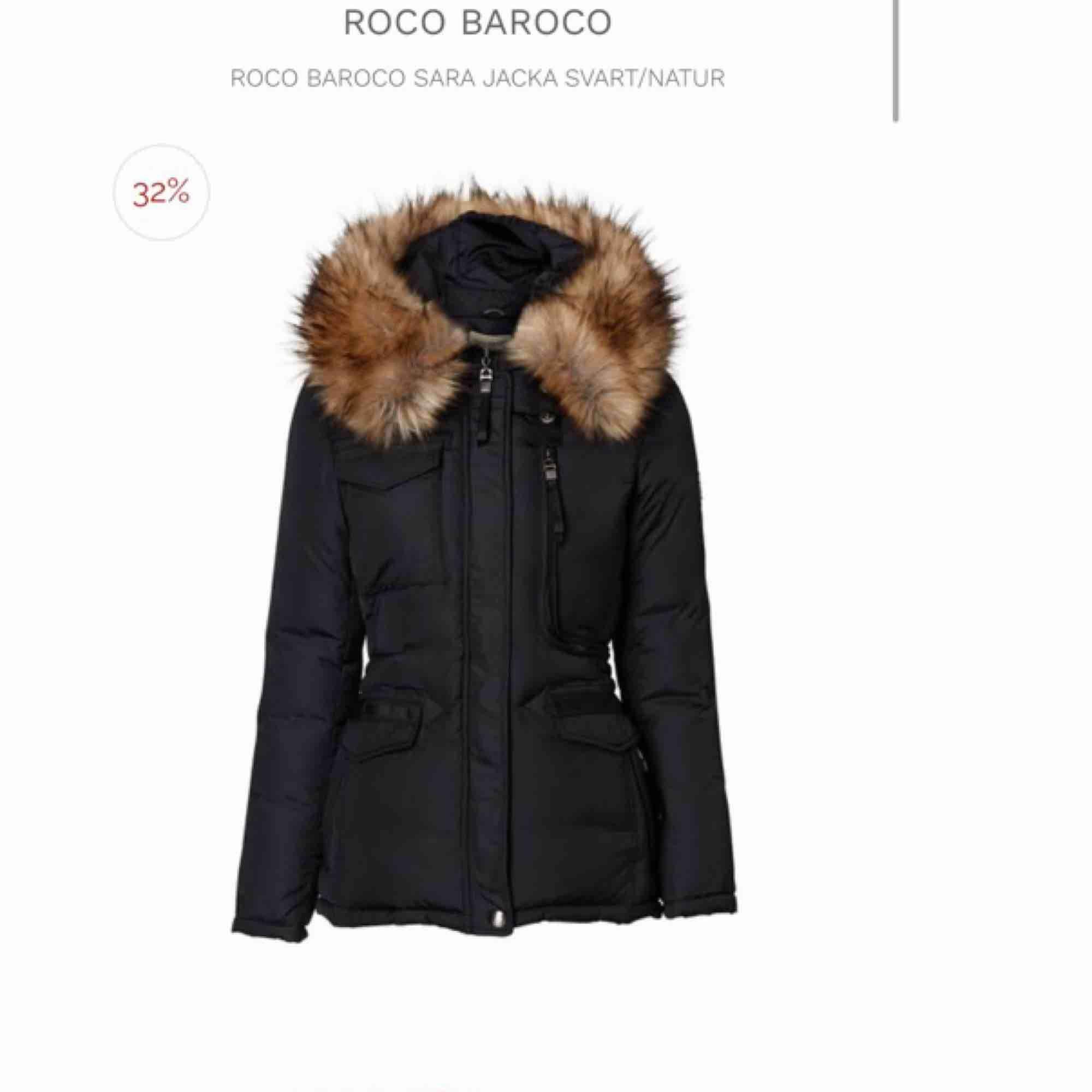 En roco baroco i fejk päls, aldrig använd . Accessoarer.