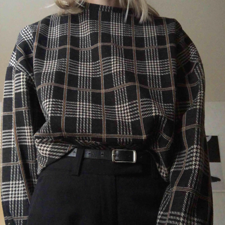 Såå mysig tröja i storlek S. 110 kr + 45 kr frakt.. Huvtröjor & Träningströjor.