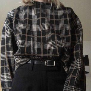 Såå mysig tröja i storlek S. 110 kr + 45 kr frakt.