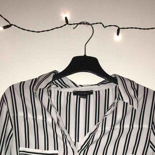 Randig skjorta