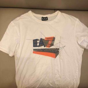T-shirt från Emporio Armani, självklart äkta,