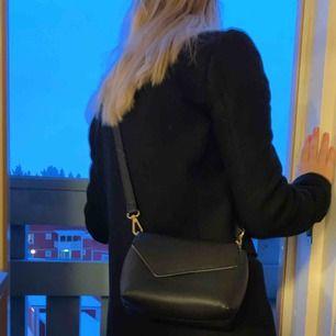 Väska säljes pga kommer ej till användning