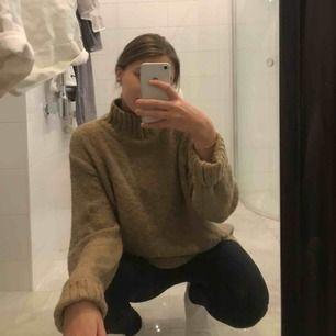 Skön stickad tröja från HM.