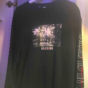 Ball oversized sweatshirt från hm Inte använd så mycke så bra skick