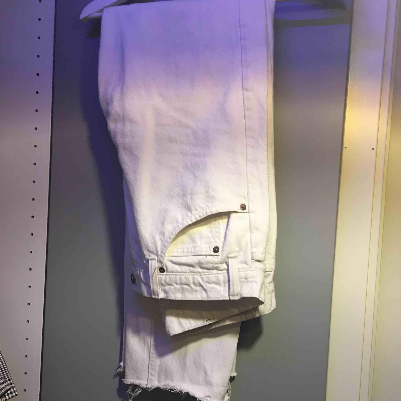 Riktigt snygga jeans från Levis Vintage Sitter jätte bra på . Jeans & Byxor.