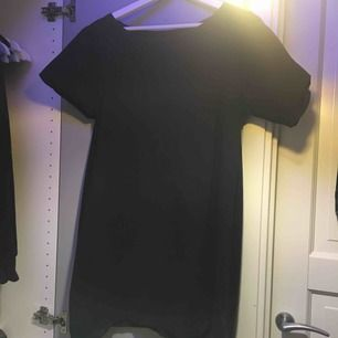 Svart T-shirt klänning