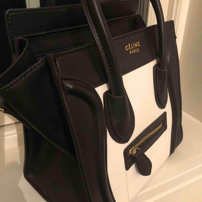 Celine väska replika som ny!. Väskor.