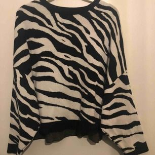 Snyggaste tröjan från gina! Köpt förra vintern och är i toppskick!🌟